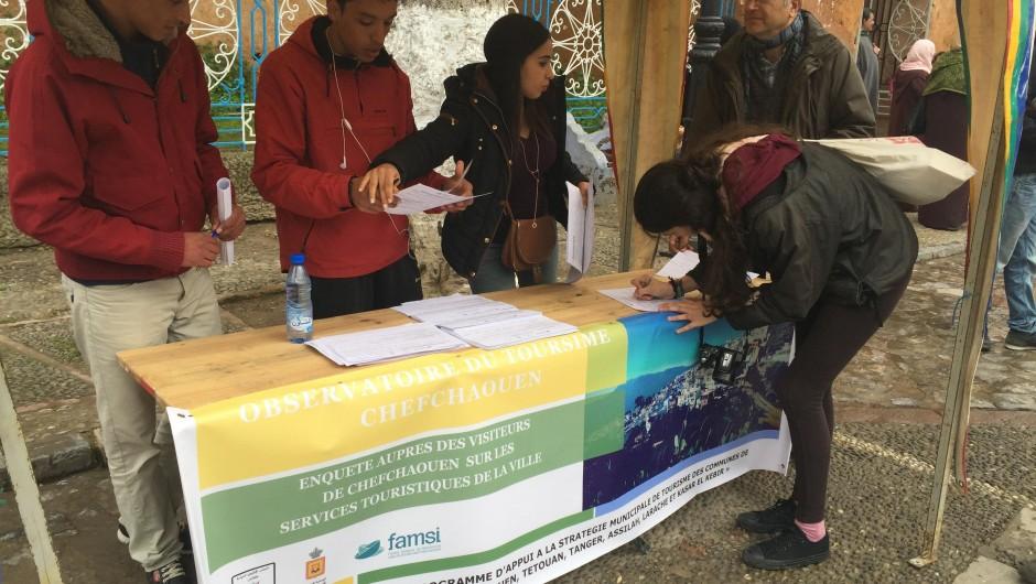 EL Observatorio de Turismo de Chefchaouen a pie de calle
