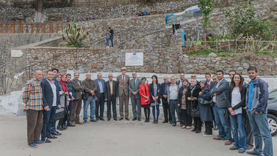 El embajador de la UE en Marruecos conoce de primera mano la experiencia de Chefchaouen en Presupuestos Participativos y Dieta Mediterránea